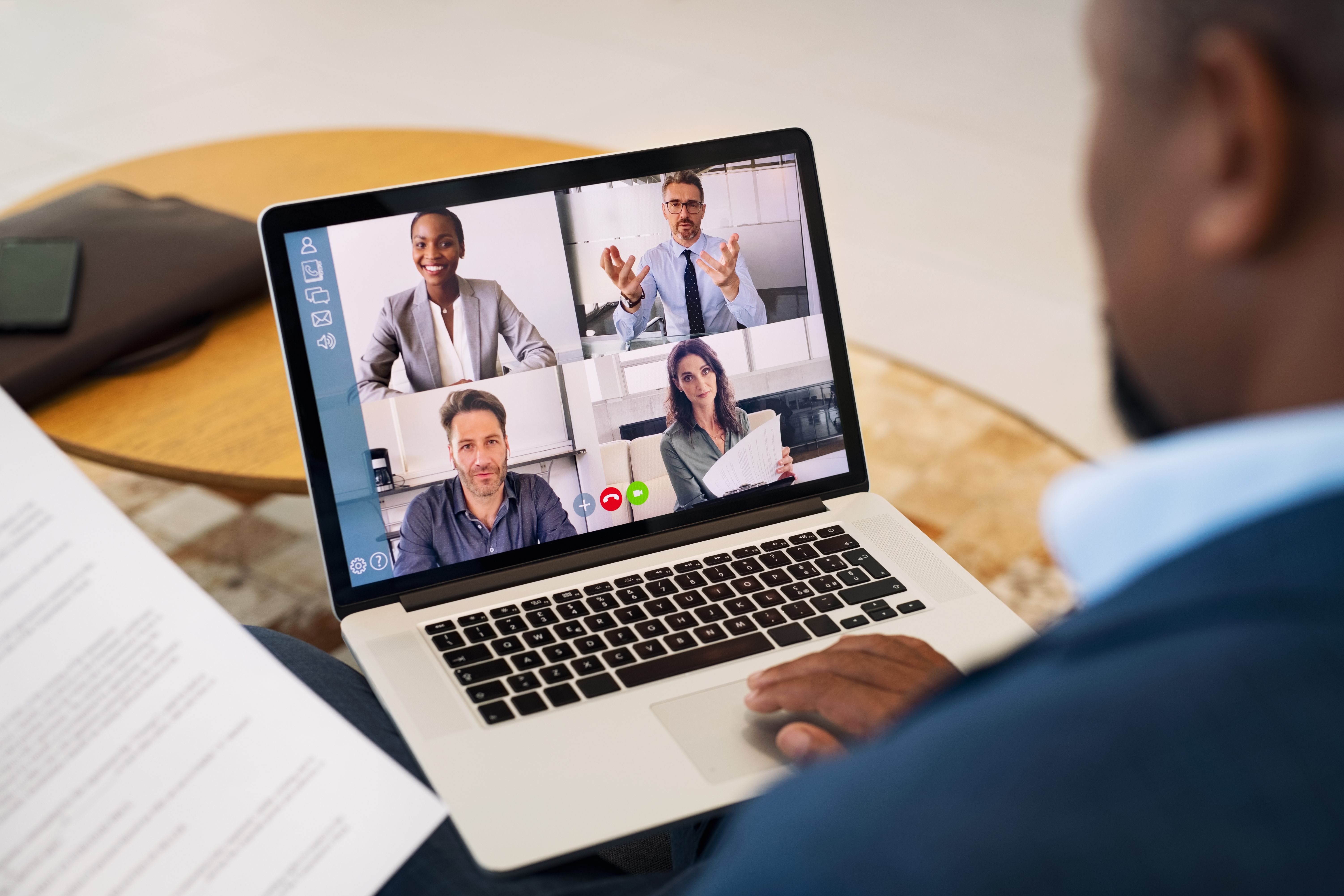 business-people-working-with-video-call-from-remot-WGHBC9E