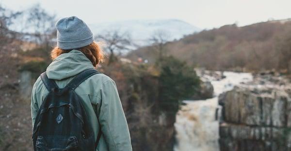 overlooking-cliff